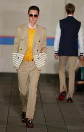 Tommy Hilfiger toujours en Preppy pour la collection printemps 2012 – RunAway