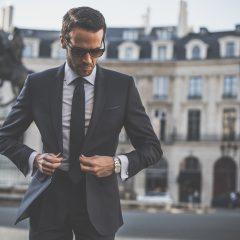 Les costumes d'Emmanuel Macron font le buzz