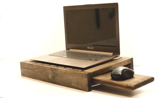 station-accueil-ordinateur-portable-bois
